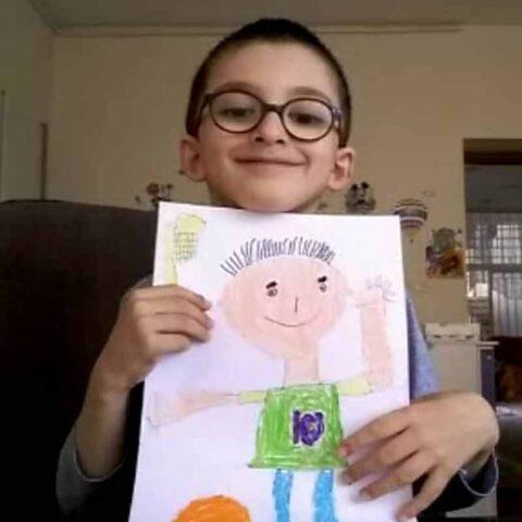 آرین کتابی هنرجو ۶ ساله کلاس نقاشی فاطمه لطیفی از شهر تهران