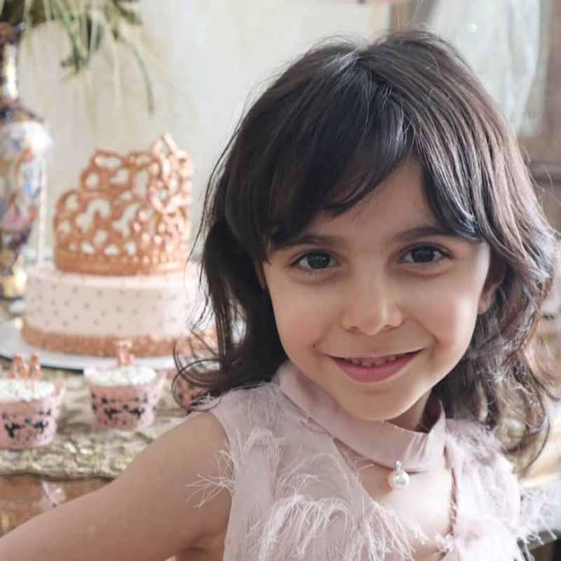بنیتا طالبلو هنرجوی نقاشی فاطمه لطیفی ۸ ساله از تهران