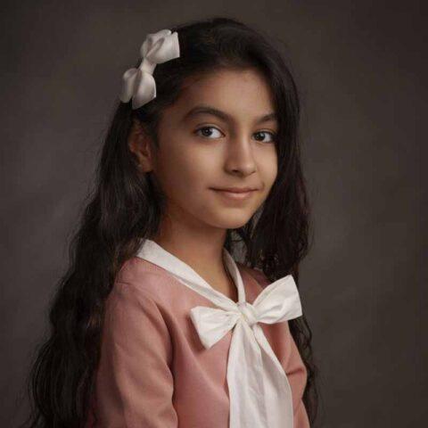 رویا بابایی هنرجوی نقاشی فاطمه لطیفی ۹ ساله از تهران